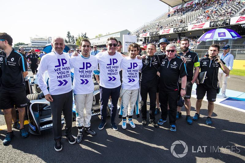 Alejandro Agag, Formula E CEO & Sébastien Buemi, Renault e.Dams, show their support for Jean-Paul Driot