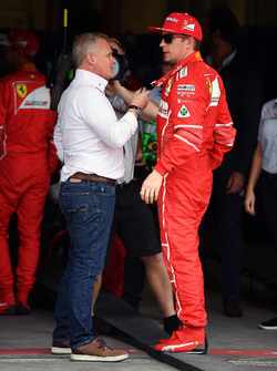 Johnny Herbert, Sky TV talks with Kimi Raikkonen, Ferrari in parc ferme