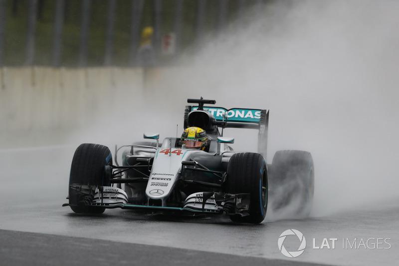 2016: Lewis Hamilton, Mercedes