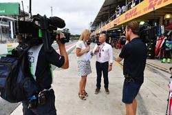 Rachel Brooks, Sky TV et Johnny Herbert, Sky TV