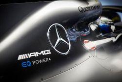 Logos en el auto de Valtteri Bottas, Mercedes AMG F1 W09