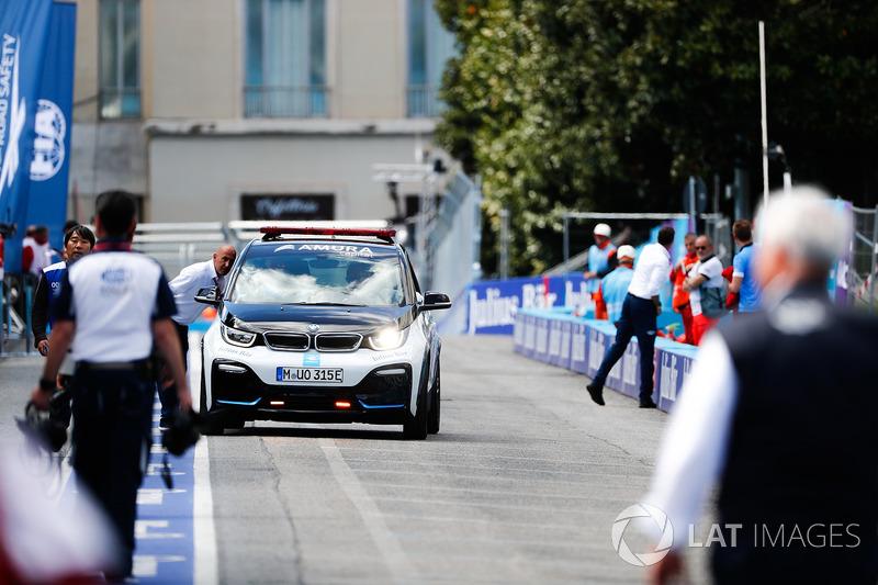BMW i3 Medical Car