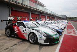 I protagonisti della Carrera Cup Italia 2018 in pit lane