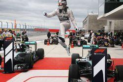 Montage avec le logo F1