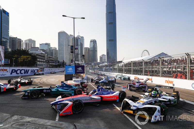 Luca Filippi, NIO Formula E Team, Nick Heidfeld, Mahindra Racing, Lucas di Grassi, Audi Sport ABT Schaeffler