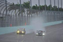 #17 MP3B Honda Civic Is: Edgar Rodriguez & Albin Roman of High Temp Racing, #40 FP2 Norma M20F: Etha
