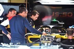 Cyril Abiteboul, Renault Sport F1 Managing Director and Renault Sport F1 Team R.S. 18