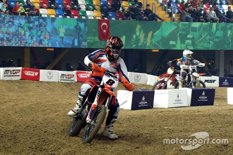 İstanbul Supercross Cuma antrenman