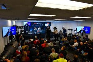 F1-reglementen voor 2021 worden aangekondigd, Jean Todt, President, FIA, Ross Brawn, Managing Director of Motorsports, FOM, en Nikolas Tombazis