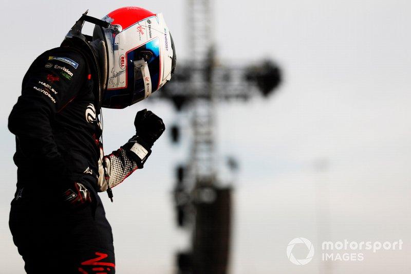 Sam Bird, Virgin Racing, Audi e-tron FE06, celebrates after winning the race