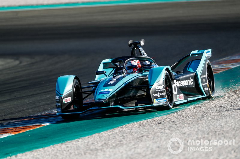 5º Mitch Evans, Panasonic Jaguar Racing, Jaguar I-Type 4 (1:15.306)