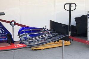Toro Rosso STR14, alerón delantero