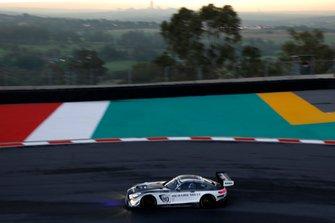#40 SPS Automotive Performance Mercedes-AMG GT3: Valentin Pierburg, Tim Torsten Müller, Miguel Ramos
