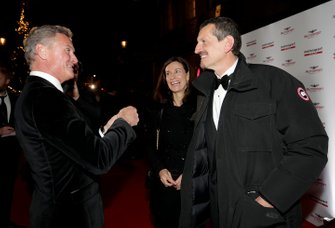 Presenter David Coulthard, with Guenther Steiner, Team Principal, Haas F1