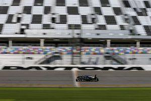 #10 Konica Minolta Cadillac DPi-V.R. Cadillac DPi, DPi: Renger Van Der Zande, Ryan Briscoe, Scott Dixon