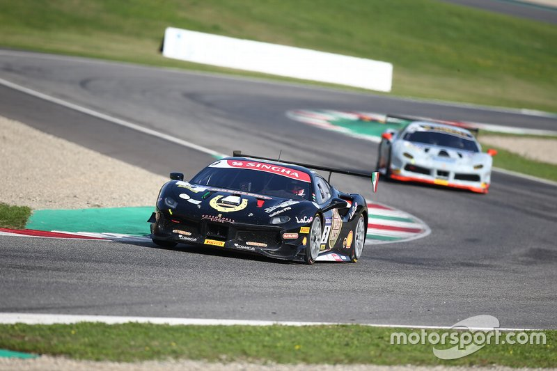#3 Ferrari 488 Challenge, Rossocorsa: Niccolo Schiro