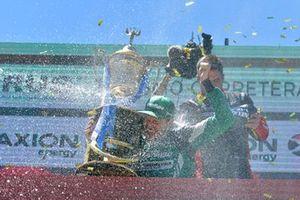 Podio: campeón Agustín Canapino, Canapino Sports