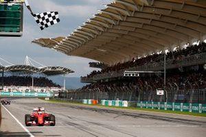 Race winner Sebastian Vettel, Ferrari SF-15T
