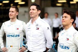 Stoffel Vandoorne, Mercedes Benz EQ, Ian James, Team Principal, Mercedes-Benz EQ, Nyck De Vries, Mercedes Benz EQ