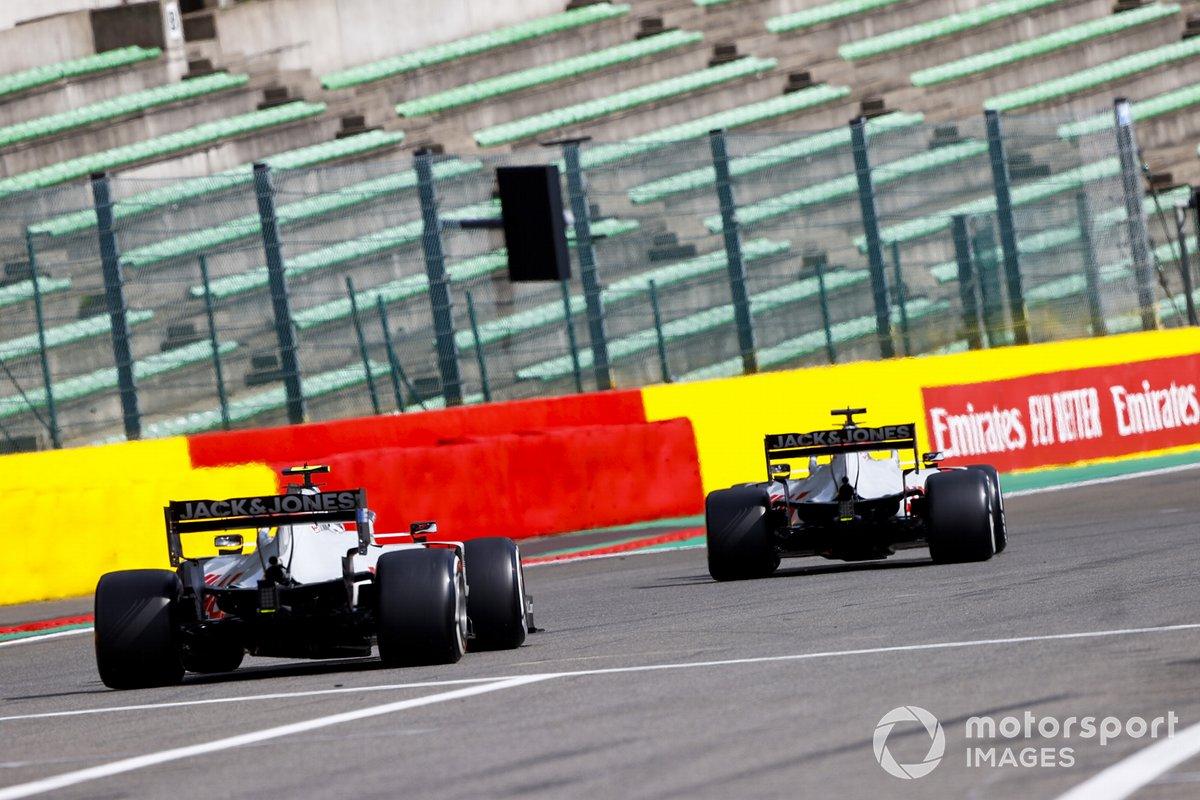 Romain Grosjean, Haas VF-20, Kevin Magnussen, Haas VF-20