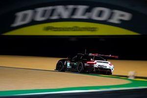 #92 Porsche GT Team - Porsche 911 RSR - 19: Michael Christensen, Kevin Estre, Laurens Vanthoor