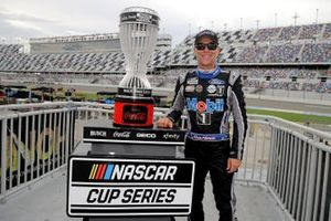 Kevin Harvick, Stewart-Haas Racing, Ford Mustang awarded the regular season trophy