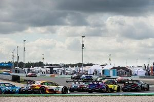 Sheldon van der Linde, BMW Team RBM, BMW M4 DTM, Timo Glock, BMW Team RMG, BMW M4 DTM, Lucas Auer, BMW Team RMG, BMW M4 DTM
