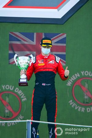 Callum Ilott, UNI-Virtuosi on the podium with the trophy