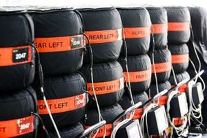 Tyres in warmers