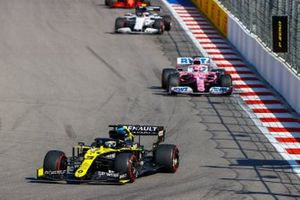 Daniel Ricciardo, Renault F1 Team R.S.20, Sergio Perez, Racing Point RP20, and Pierre Gasly, AlphaTauri AT01