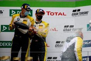 Podio: #99 Rowe Racing BMW M6 GT3: Alexander Sims, Nicky Catsburg