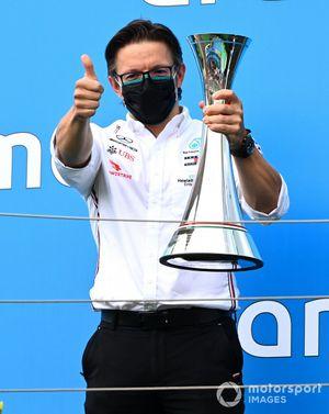 Peter Bonnington, Race Engineer, Mercedes AMG, on the podium