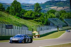 #66 Attempto Racing Audi R8 LMS GT3: Mattia Drudi, Frederic Vervisch, Kim-Luis Schramm
