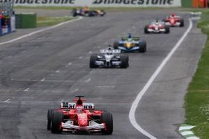 Rubens Barrichello, Ferrari F2005, Nick Heidfeld, Williams F1 BMW FW27, Giancarlo Fisichella, Renault R25, Ralf Schumacher, Toyota TF105, Michael Schumacher, Ferrari F2005