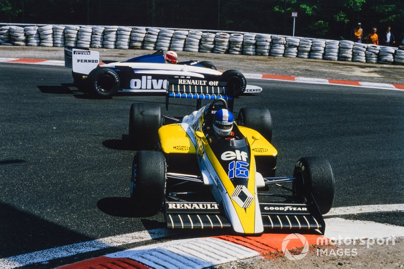 Derek Warwick, Renault RE60, spins