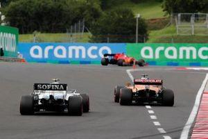 Sebastian Vettel, Ferrari SF1000, Carlos Sainz Jr., McLaren MCL35, en Nicholas Latifi, Williams FW43