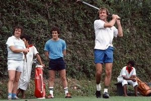 Jacques Laffite plays golf with Alain Prost