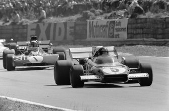 Jacky Ickx, Ferrari 312B2, Jackie Stewart, Tyrrell 003 Ford