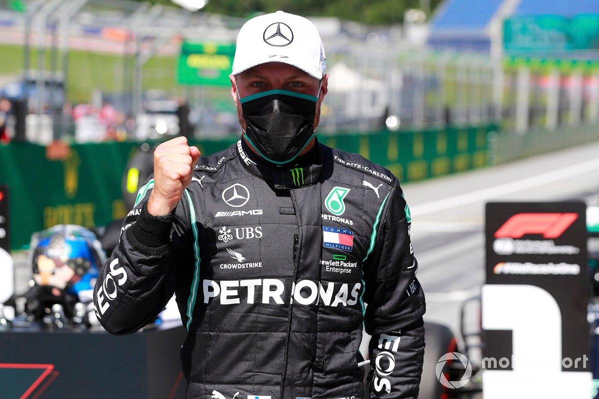Ganador de la pole Valtteri Bottas, Mercedes