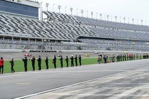 Pre Race Formation