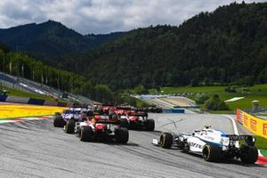 Nicholas Latifi, Williams FW43, chases Antonio Giovinazzi, Alfa Romeo Racing C39