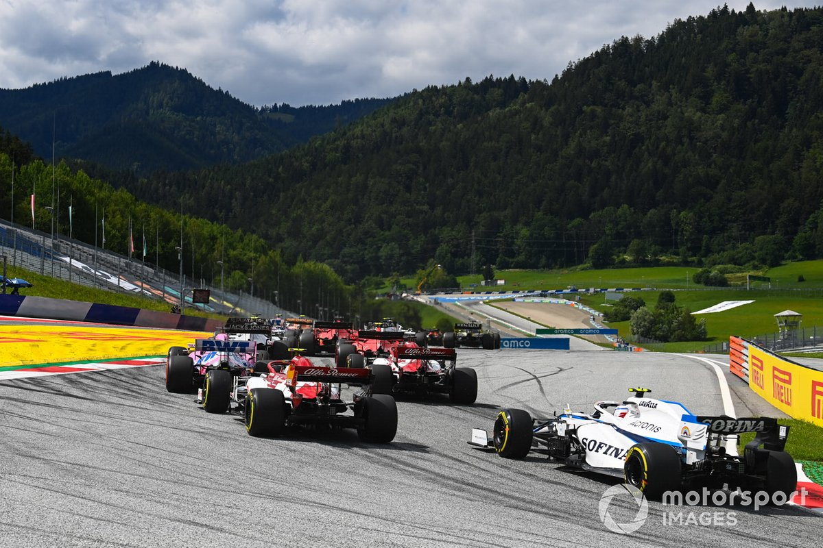 Nicholas Latifi, Williams FW43, insegue Antonio Giovinazzi, Alfa Romeo Racing C39