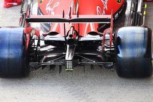 Выхлоп и задняя подвеска Ferrari SF1000 Шарля Леклера