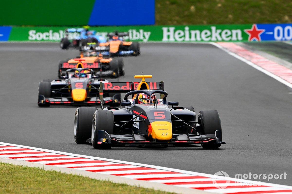 Liam Lawson, Hitech Grand Prix e Dennis Hauger, Hitech Grand Prix