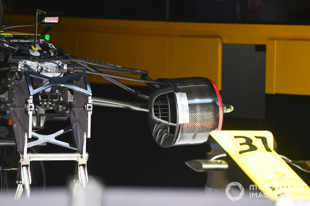 Renault F1 Team R.S.20 brake and front suspension detail