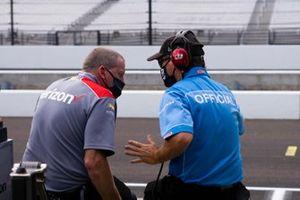 Will Power, Team Penske Chevrolet, crew, Kevin Rocket Blanch