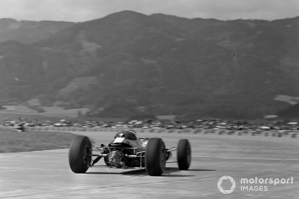 Phil Hill, Cooper T66 Climax