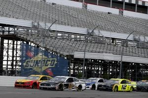 Joey Logano, Team Penske, Ford Mustang Shell Pennzoil and Aric Almirola, Stewart-Haas Racing, Ford Mustang Smithfield Vote For Bacon