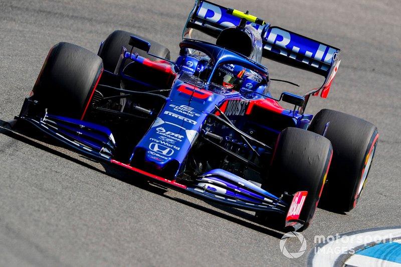 16: Alexander Albon, Toro Rosso STR14, 1'13.461