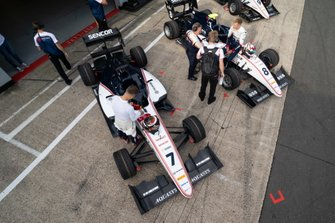 Lirim Zendeli, Sauber Junior Team by Charouz and Fabio Scherer, Sauber Junior Team by Charouz